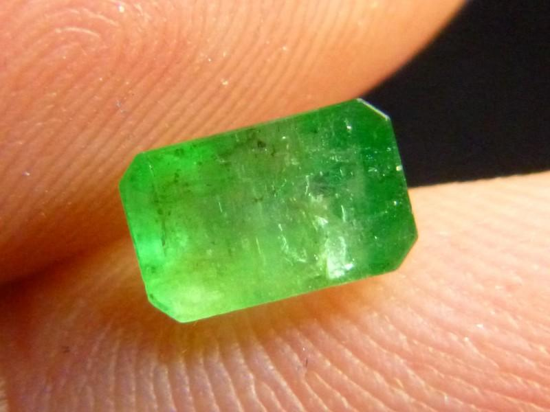 Gemtrading Turkey Izmir 1.48cts Emerald , 100% Natural Gemstone