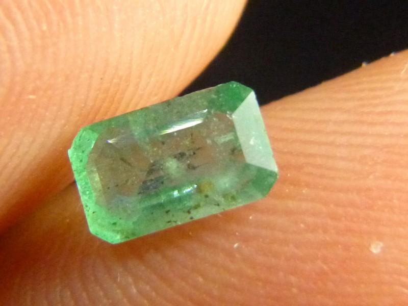 Gemtrading Turkey Izmir 0.94cts Emerald , 100% Natural Gemstone