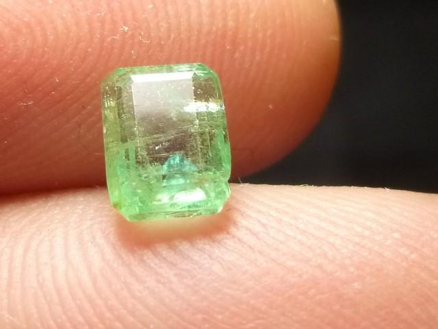 Gemtrading Turkey Izmir 1.29cts Colombian Emerald , 100% Natural Gemstone