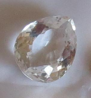 Luanap Italy Roma Rock cristal drop faceted 25 Kt natural