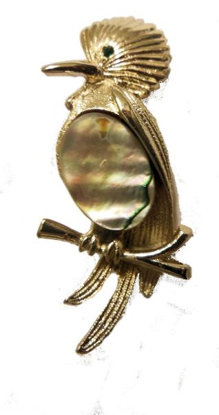Jane A Gordon Jewelry États-Unis New York Vintage Bird Brooch with Mother of Pearl Tummy