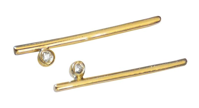 Jane A Gordon Jewelry USA New York Dot & Line- 18K with one diamond dot. Earrings