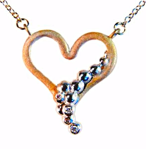 Jane A Gordon Jewelry USA New York Heart Flow necklace-18K gold with diamonds